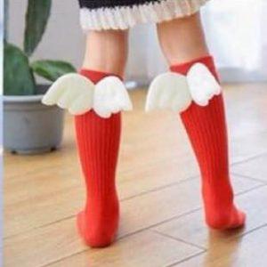 جوراب دخترانه بالدار طرح آنجل