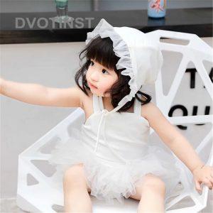 تنخور مایو نوزادی دخترانه با کلاه سفید
