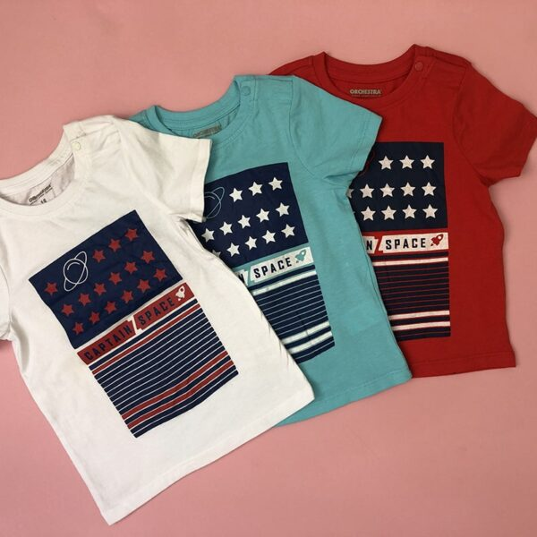 تی شرت بچه گانه طرح فضایی ستارگان رنگبندی از نمای نزدیک